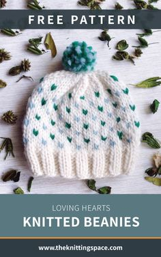 Show your love this fall season by creating this lovely knitted beanie. This easy knitting project is ideal for confident beginner knitters and will make for a thoughtful handmade baby shower present. Baby Knitting Patterns, Baby Hats Knitting, Free Knitting, Crochet Patterns, Knitted Beanies, Baby Beanies, Start Knitting, Finger Knitting, Scarf Patterns