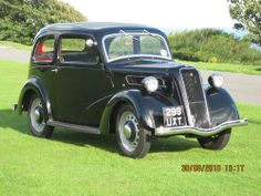 FORD MODEL 8 DELUXE(1938)