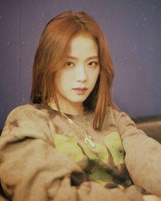 Blackpink Jisoo, K Pop, South Korean Girls, Korean Girl Groups, Black Pink ジス, Blackpink Members, Wattpad, Jennie Lisa, Blackpink Photos