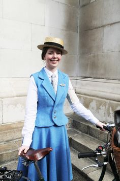 The Most Dashing Dame of the 2013 London Tweed Run