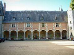 Château+de+La+Verrerie:+Demeure+Renaissance - France-Voyage.com