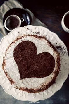 amira233:Chocolate cake heart shape on We Heart Ithttp://weheartit.com/entry/102967034/via/blogdeblanca