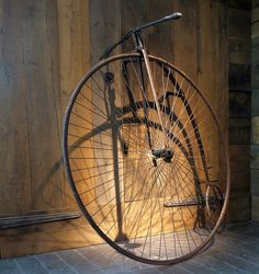 High wheeler by Bristolbikes, via Flickr Vintage Cycles, Vintage Bikes, Cycling Art, Cycling Bikes, New Bicycle, Penny Farthing, Old Bikes, Cool Bicycles, Bike Design