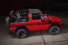 Classic Mercedes G-Class models from overseas are ripe for restoration Mercedes Benz Coupe, Mercedes G Wagon, Old Mercedes, Classic Mercedes, Muscle Truck, Armored Truck, Suv Trucks, Benz G, G Class