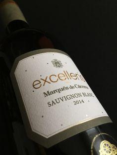 Márcate siempre metas, busca Excellens. Sauvignon Blanc Marqués de Cáceres.