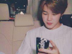 ㅡ『Pᴀʀᴋ Jɪᴍɪɴ Rᴇᴀᴄᴄɪᴏɴᴇs』ㅡ - ▪Jimin Boyfriend Material▪ - Wattpad Bts Jimin, Jungkook 2014, Bts Aegyo, Jimin Boyfriend, Boyfriend Memes, Busan, Jung Kook, Jikook, Park Jimim