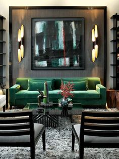 Like the green and black colour scheme and how the large artwork ties everything in.