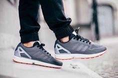 adidas Originals ZX Flux: Grey/White