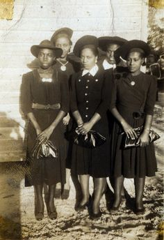 waheedpix:  After Service, 1930's [Nichols Family Album, 1920's-70's] ©WaheedPhotoArchive, 2011