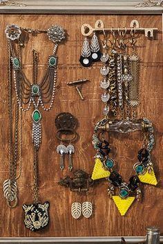 Peek Into Lulu Frost Designer Lisa Salzer's Insane Jewelry Box  Photo: Clos-ette