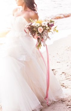 Beach bride: http://www.stylemepretty.com/little-black-book-blog/2014/10/27/romantic-fall-seaside-wedding-inspiration/ | Photography: Reverie Supply - https://reveriesupply.squarespace.com/