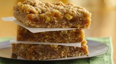 Bake the irresistible combination of caramel and apples in an easy cookie mix bar.
