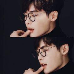 Lee Jong Suk as Harry Potter Suwon, Korean Celebrities, Korean Actors, Asian Actors, Korean Guys, Celebs, Kpop, Lee Jong Suk Wallpaper, Lee Jong Suk Lockscreen