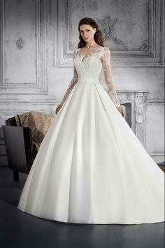 102590a86516 Νυφικά Φορέματα Demetrios Collection - Style 811 Wedding Dress Sleeves