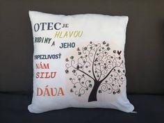 Reklamné a darčekové predmety. Výroba handmade výrobkov, hrnčekov, tričiek, vankúšov, podbradníkov a mnoho iných výrobkov s vlastným motívom. Throw Pillows, Bed, Toss Pillows, Cushions, Stream Bed, Decorative Pillows, Beds, Decor Pillows, Scatter Cushions