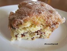 The Country Cook: Chocolate Chip Coffee Cake (with a secret!) uses pancake mix Brunch, Köstliche Desserts, Dessert Recipes, Dessert Food, Yummy Snacks, Delicious Desserts, Yummy Food, Bisquick Recipes, Oven Recipes