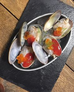 Hora del Aperitivo!   #clams #seafood #sea #fish #aperitivo #appetizer