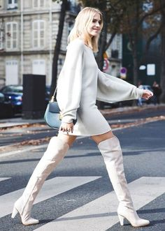 Finish your Pre-Fall'17 ensembles on a refreshing note with a pair of white leather boots.