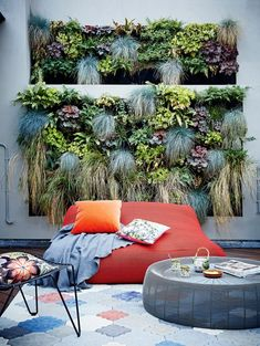 Living wall @ A Victorian Mews House In North London With A Pared-Back Scandi Feel Pergola Shade, Diy Pergola, Pergola Kits, Pergola Ideas, Cheap Pergola, Outdoor Spaces, Outdoor Living, Outdoor Decor, Mews House