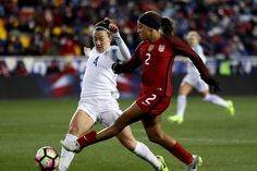 Mallory Pugh and Lucy Bronze of England, March 4, 2017. (Elsa/Getty Images)