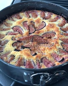 It's that time of year again! Fig & Ricotta Cake warm out of the oven! Fig Bread, Almond Bread, Bread Cake, Fig Recipes, Dessert Recipes, Cooking Recipes, Desserts, Barefoot Contessa, Fig Season