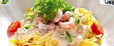 Kremet pasta med reker og cherrytomater