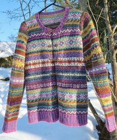 Ravelry: Project Gallery for Orkney pattern by Marie Wallin If planning on fairisle, look for Marie Wallin - beautiful colour combos. Rowan Knitting, Fair Isle Knitting, Hand Knitting, Vintage Knitting, Loom Knitting, Punto Fair Isle, Fair Isle Pullover, Fair Isles, Fair Isle Pattern