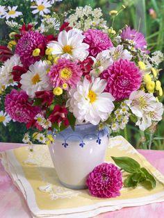 Marianna Lokshina - Flowers_LMN31547