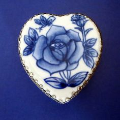 Blue Harmony........Gratitude Treasury by Pat Peters on Etsy