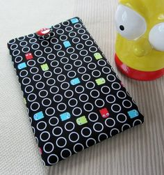"Nexus 7, Kindle Keyboard, Galaxy TAB2 7"", Nook HD 7"" cover -  Pacman  £10.50"