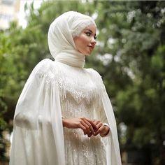 muslim wedding dresses without hijab Muslimah Wedding Dress, Muslim Wedding Dresses, Muslim Brides, Wedding Hijab, Wedding Bride, Bridal Dresses, Wedding Makeup, Muslim Girls, Gothic Wedding