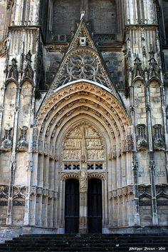 Cathédrale de Bourges : portail St Guillaume