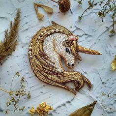 Автор @iturup_jewelry   〰〰〰〰〰〰〰〰〰〰〰〰〰〰 По всем вопросам обращайтесь к авторам изделий!!!  #ручнаяработа #брошьизбисера #брошьручнойработы #вышивкабисером #мастер #бисер #handmade_prostor #handmadejewelry #brooch #beads #crystal #embroidery #swarovskicrystals #swarovski #купитьброшь #украшенияручнойработы #handmade #handemroidery #брошь #кольеручнойработы #кольеизбисера #браслеты #браслетручнойработы #сутажныеукрашения #сутаж #шибори #полимернаяглина #украшенияизполимернойглины