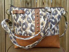SALE  30% OFF  TsaraBe messenger bag women Fall gift by TsaraBe