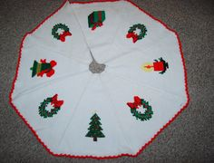 Vintage Christmas Tree Skirt Hand Knit Large by ChristmasVintage, $32.00