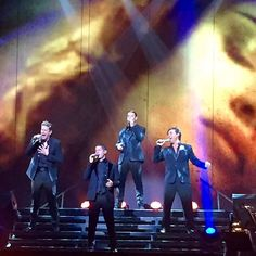 Il Divo at Place des Arts. Great voices, beautiful dancers, a really nice show! #ildivo #placedesarts #opera #montreal #voice