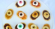 Halloween Party Appetizer Ideas | Looking for Halloween food recipes? We've put together these ghoulishly tasty recipes to enjoy! There are even healthy Halloween recipes for kids. | https://homemaderecipes.com/13-healthy-halloween-recipes/