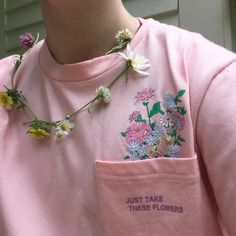 Flowers are so pretty 🌸 Aesthetic Boy, Character Aesthetic, Aesthetic Grunge, Aesthetic Vintage, Aesthetic Photo, Aesthetic Clothes, Aesthetic Outfit, Grunge Outfits, Boy Outfits