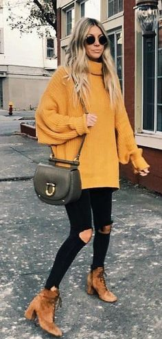 16 Trendy Autumn Street Style Outfits For 2018 2019 Street style outfits! The post 16 Trendy Autumn Street Style Outfits For 2018 2019 appeared first on Sweaters ideas. Street Style Outfits, Looks Street Style, Autumn Street Style, Mode Outfits, Looks Style, Trendy Outfits, Simple Outfits, Fall Fashion Street Style, Street Outfit