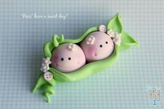 Two Baby Peas in a Pod - Cake Topper idea for the birth of twins