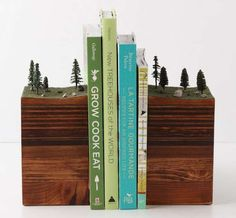 Garth Borovicka Bookends Are Out of This World trendhunter.com