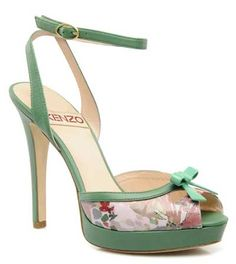 Such a pretty shoe for Spring. And at £229.50, just a wee (as in, a LOT) out of my price range.