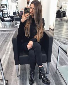 Flattering brown hair with blonde highlights to inspire your next hairstyle 1 Braids Blonde, Blonde Pony, Blonde Bangs, Brunette Hair, Brown Hair With Blonde Highlights, Brown To Blonde, Hair Highlights, Ash Blonde, Haircuts For Long Hair