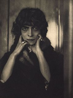 La Marchesa Casati - A. De Meyer photograph, 1919