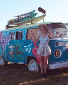 Poses, Travel Style, Instagram, Ideas Divertidas, Vw T1, Cali, Camper, Tumblr, Girls