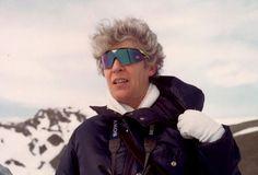 Josefina Castellví (Barcelona, 1935). Doctora en Ciencias Biológicas y profesora de investigación del CSIC. Oceanógrafa especialista en biología marina, trabajó en el Instituto de Ciencias del Mar del CSIC en Barcelona desde 1960. A partir 1984 participó en la organización de la investigación científica en la Antártida.Fue jefa de la Base en cuatro campañas, entre 1989 y 1993, gestora del Programa Antártico español