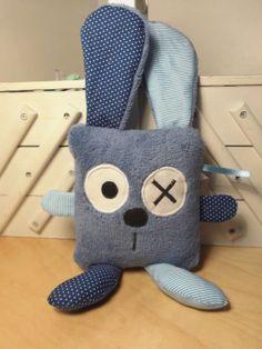 Doudou lapin carré bleu pois et rayures : Jeux, peluches, doudous par melomelie