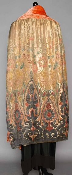 VELVET & GOLD LAME EVENING CAPE, NYC, 1920-1930