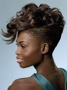 mohawk hairstyle with curls