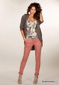 Irina Sheik - Pants Outfit
